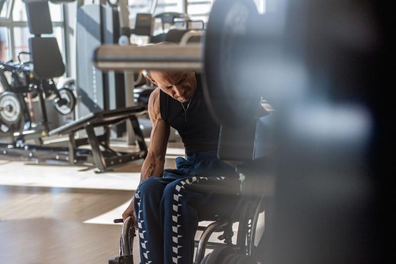 Controvento | La forza, la passione, la determinazione dell'atleta paralimpico Antonio Trevisani